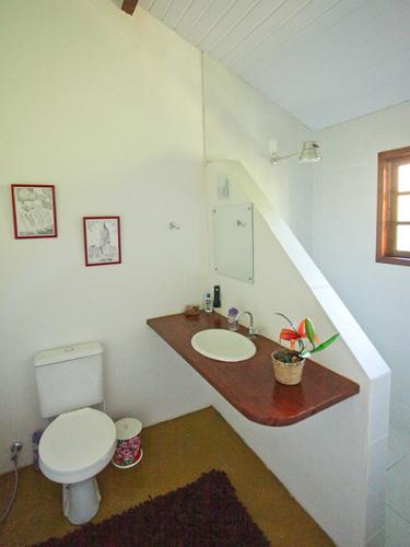 recanto sereno toilet.jpg