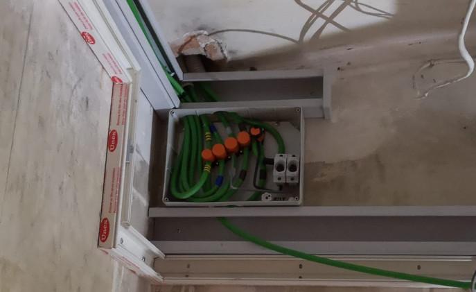 Fontanería electricidad calderas termos