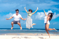 beach-blue-sky-cheerful-452738