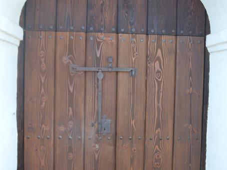 Replacing the Presidio Chapel Doors