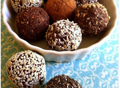 RAW SUPERFOOD PROTEIN BALLS