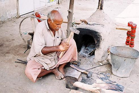 blacksmith-1429719-1278x855.jpg