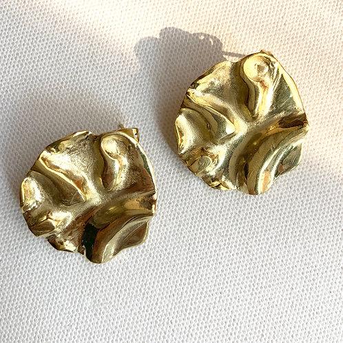 Crumpled brass Earring
