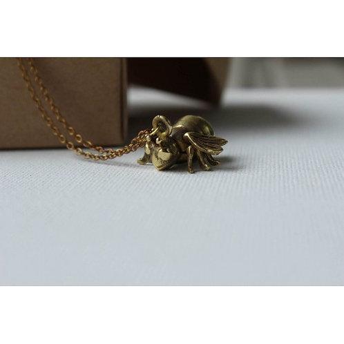 A little Bee Pendant