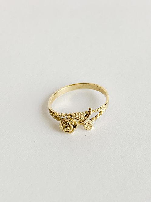 Rose Ring (s)
