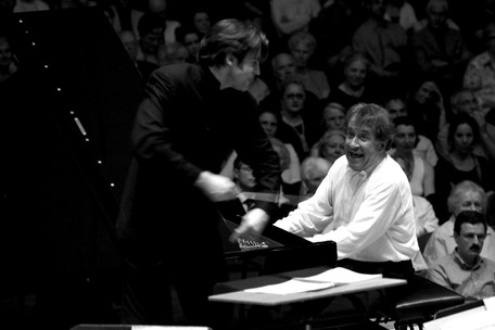 Gershwin Concerto in F with Rudolf Buchbinder Sinfonieorchester Basel, May 2007