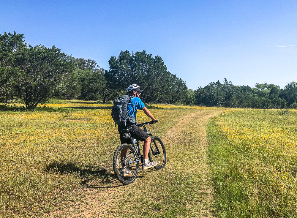 Frio Canyon Trail in the Summer