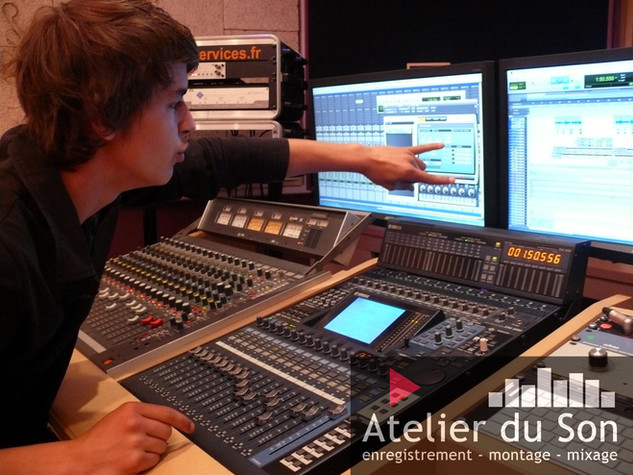 post production au studio de Dijon.jpg