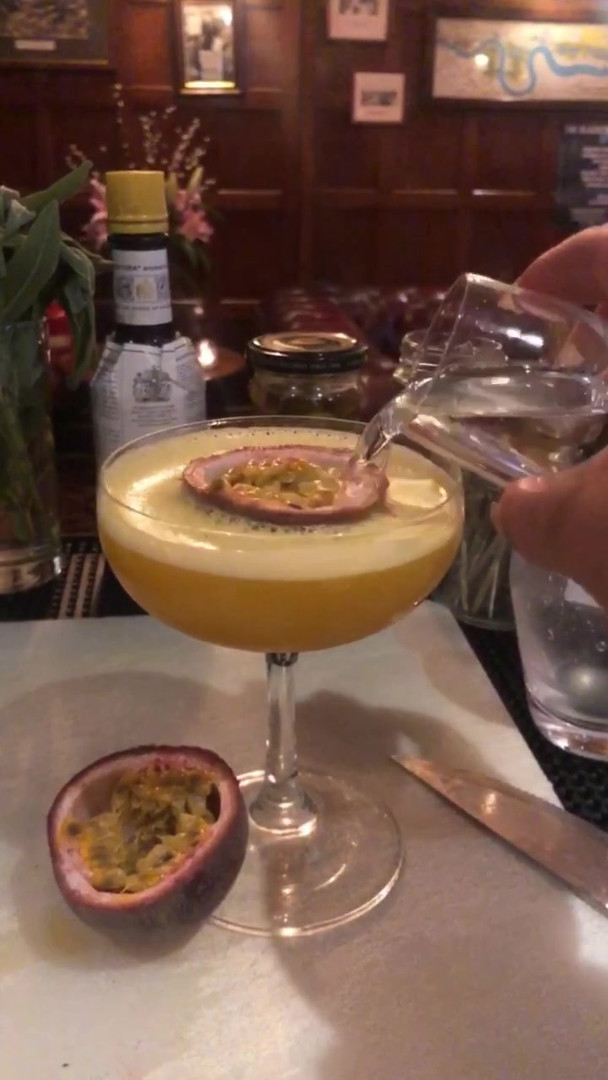 Passion Fruit Martini & Prosecco