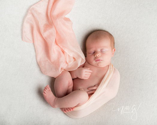 001_sussex_newborn_photoshoot.jpg