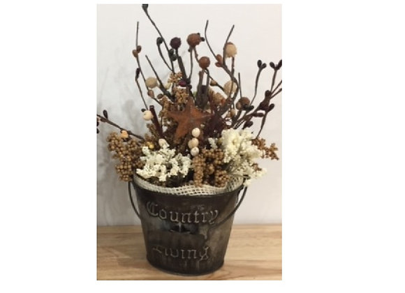 PRIMITIVE COUNTRY LIVING TIN FLORAL