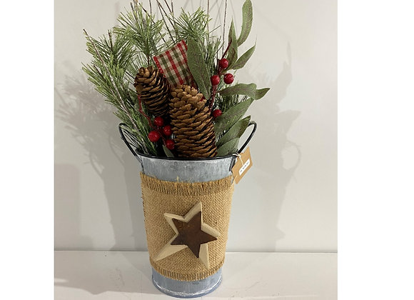 STAR TIN SPRIG PINECONE FLORAL