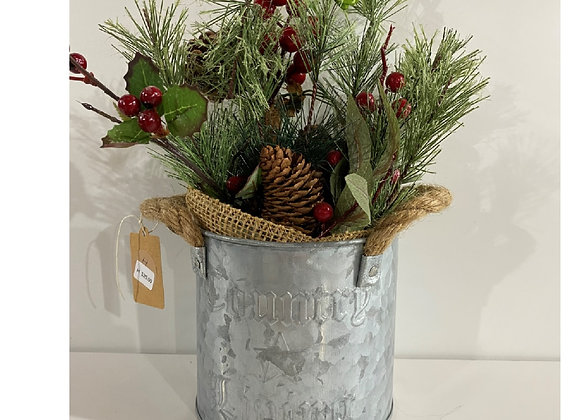 COUNTRY PAIL HOLIDAY FLORAL