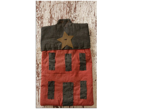 PRIMITIVE HANGING HOUSE WITH RUSTY STAR