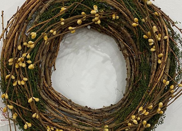 YELLOW BERRY/MOSS VINE WREATH MEDIUM