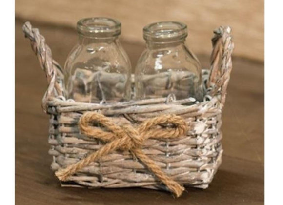 WILLOW BASKET WITH 2 BOTTLES