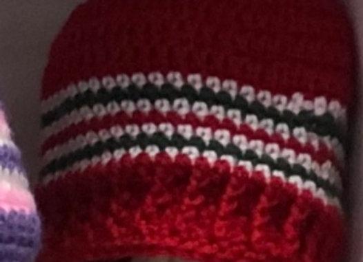 CROCHET HAT RED STRIPE