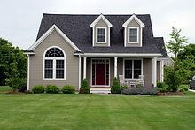 single-family-home-green-lawn-e141636469