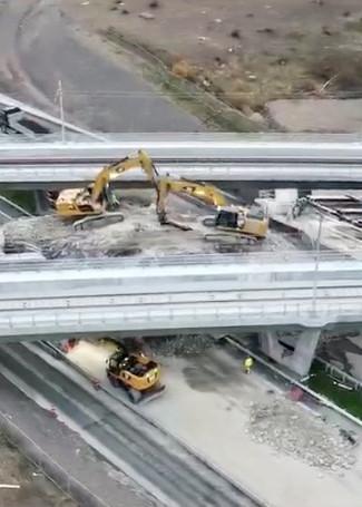 Bro riving motorväg