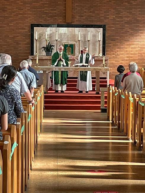Mass-time Fr. Linsay Dan.JPG