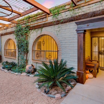 Welcome to Tucson Luxury Retreat