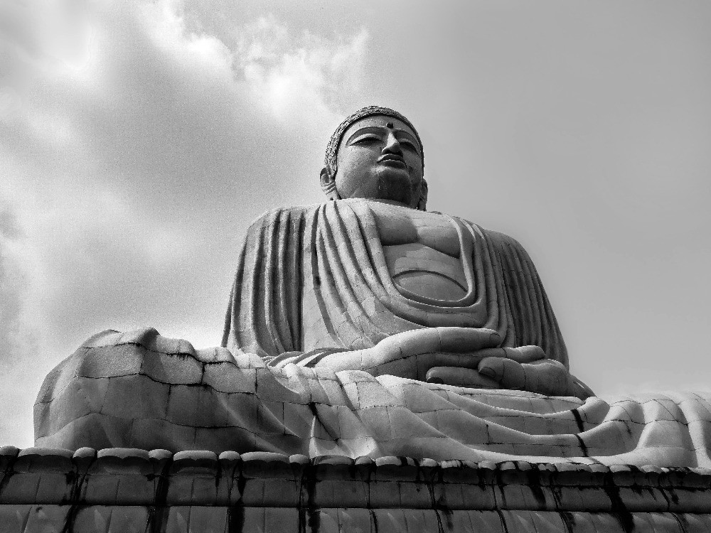 Black and white pictures of Buddha
