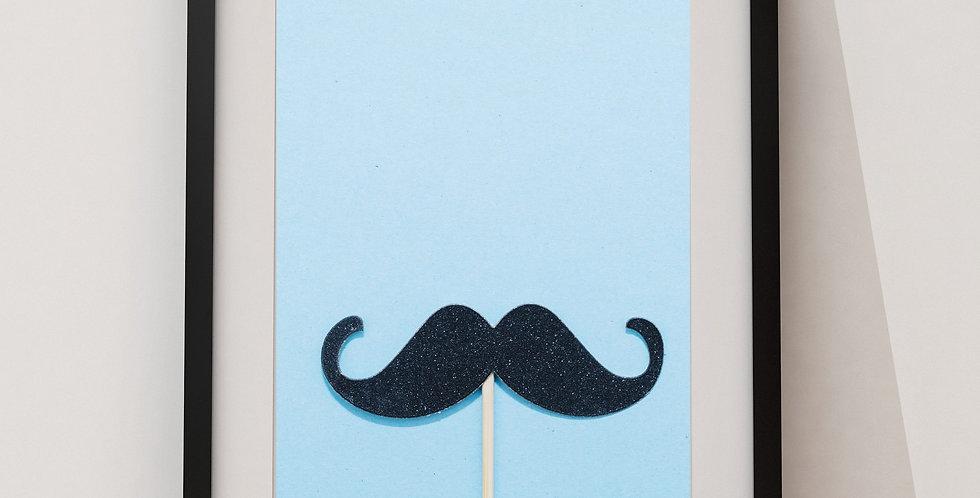 Affiche moustache sur fond bleu 221