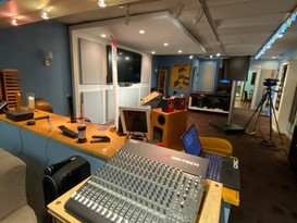 Studio Room