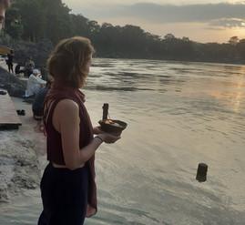Bord du Gange, Inde