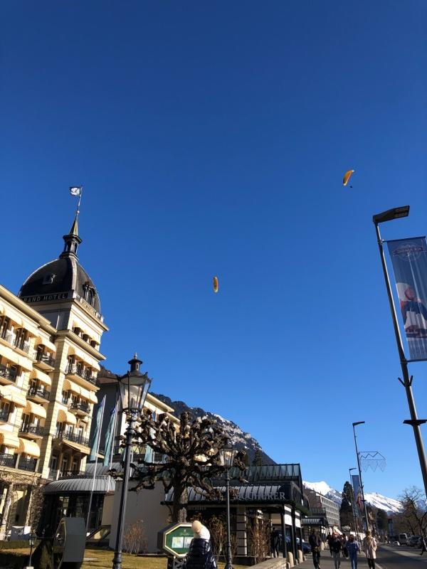 interlaken hotel paragliders
