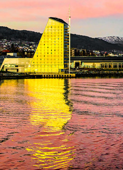 SUNSET ON THE MOLDE SCANDIC HOTEL