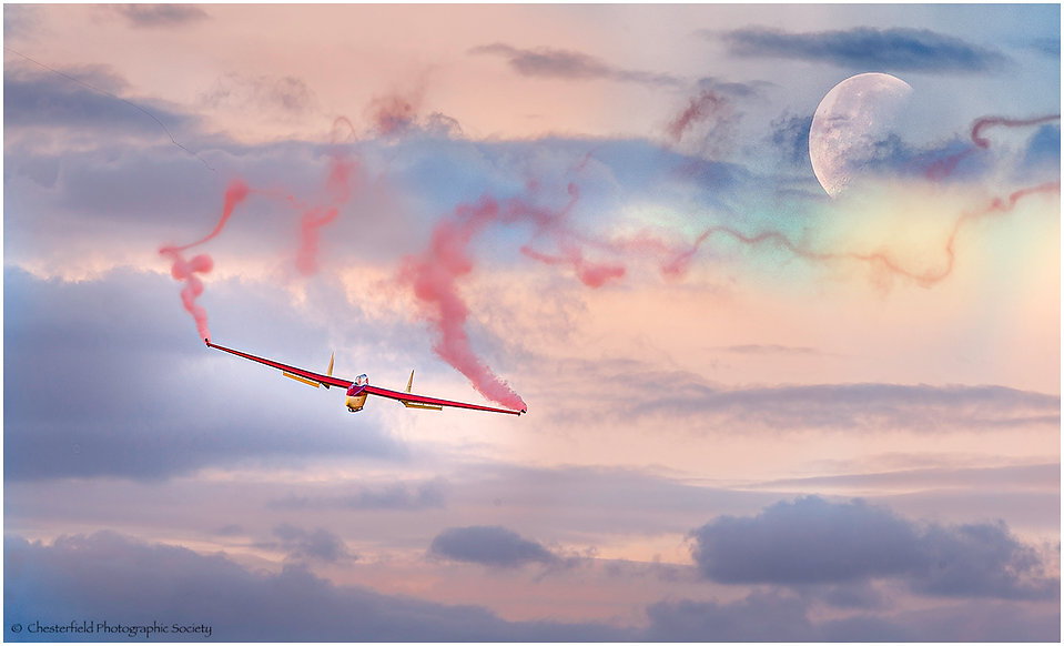 01 FLY ME TO THE MOON by Andrew Evans.jp