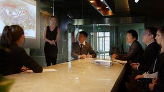 Reuniões Inteligentes com Lousas Touch Screen