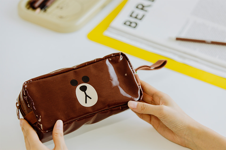 LINE FRIENDS PENCILCASE_BROWN