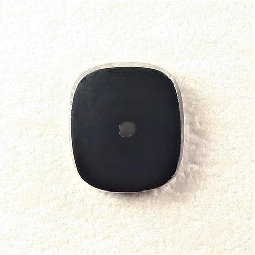 BOX:RT134 (Black Onyx) w/2mm hole