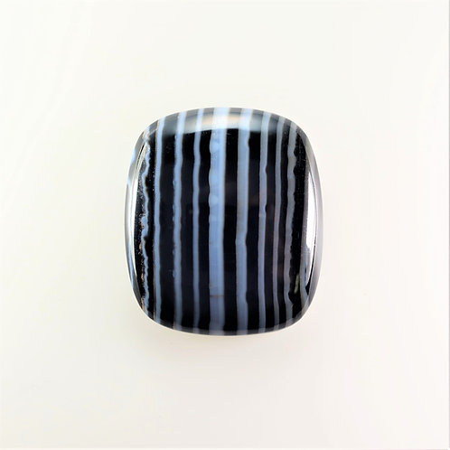 SOX:RT674 (SBBT) (Black & White Striped Onyx)