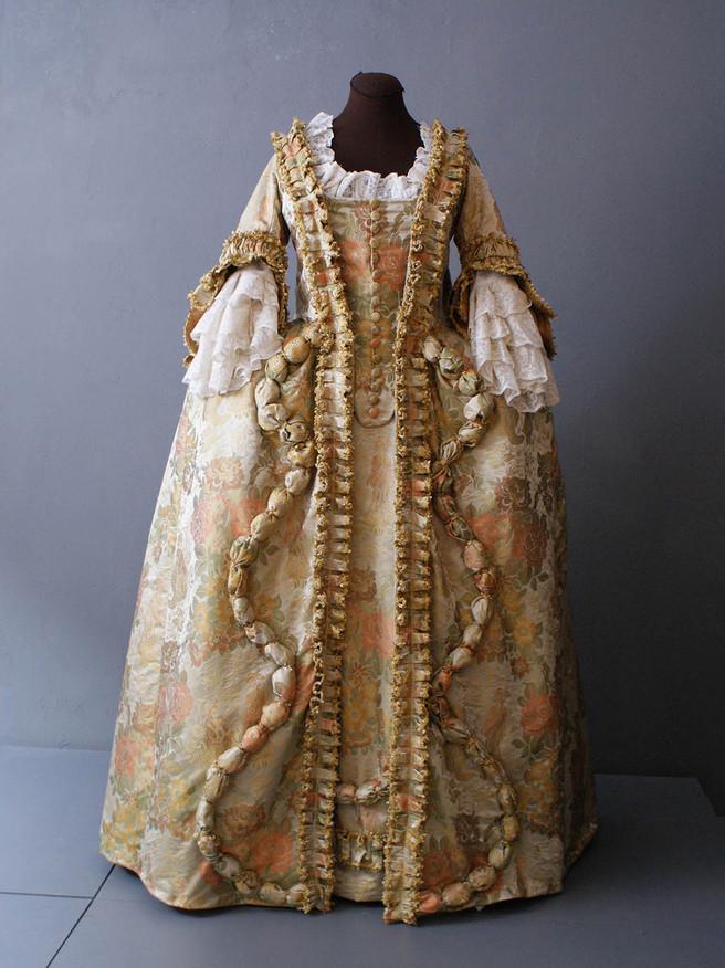 robe_a_la_francaise_chinoiserie_vorschau