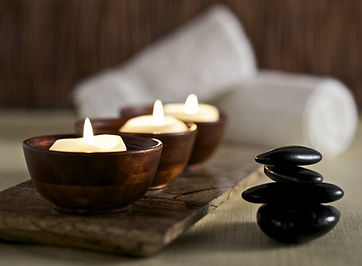 3 bougies bois.jpg