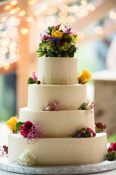 Edibles Incredible Desserts | Sterling, VA | Wedding Cakes