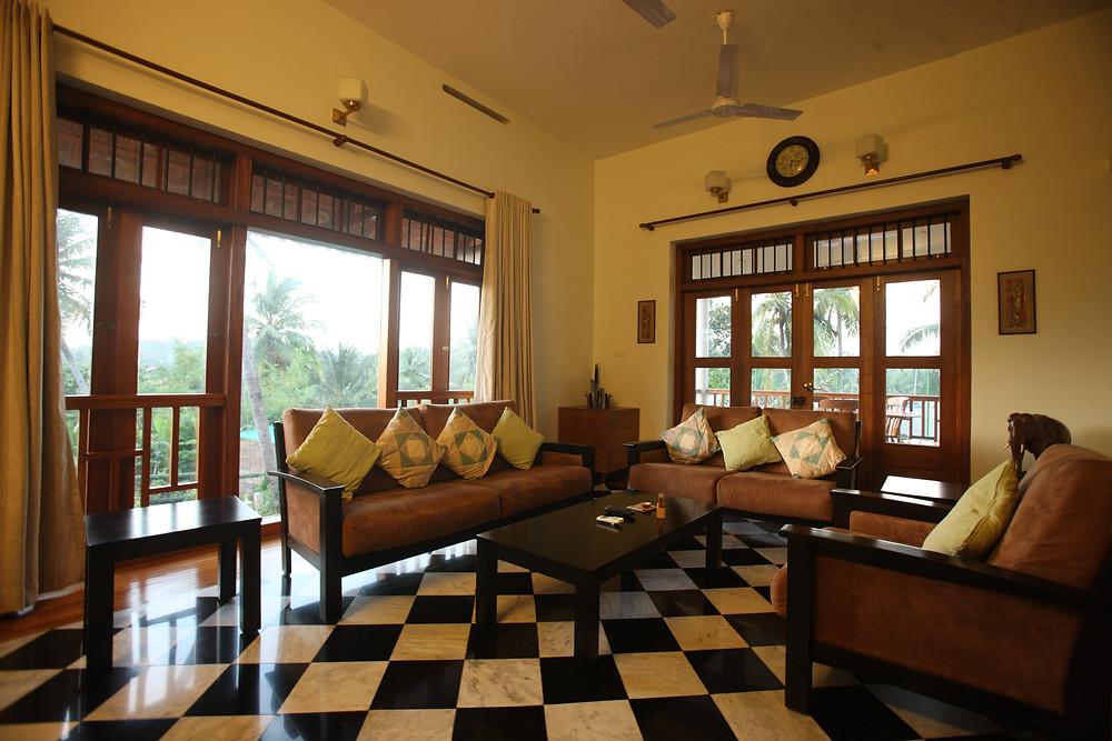 Cross-ventilated Living Room