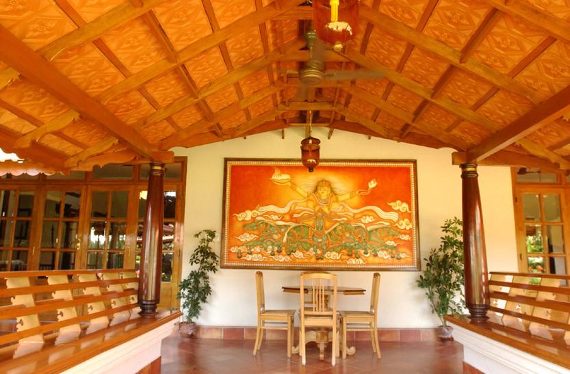 Traditional Veranda Design