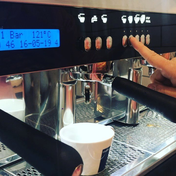 It was a momentous morning at Hopscotch this morning.. our brand new coffee machine is up & running & our 1st shot was poured (insert delicious coffee aroma) ☕️☕️☕️☕️ Thanks to Nathan & the team at Lavazza 👏   #cafehopscotchplay #playcafe #lavazza #a