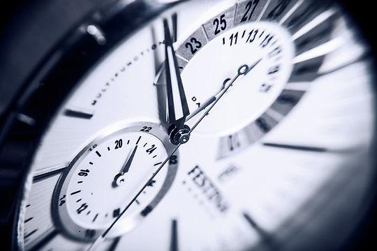 clock-948939-pxhere.com (1).jpg