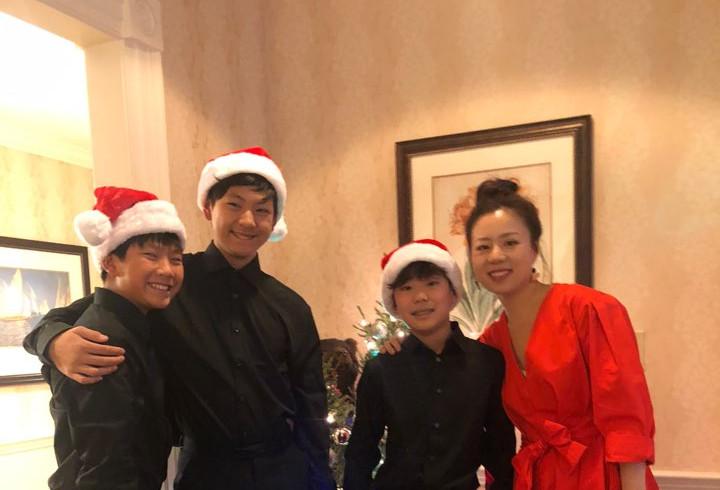 VA Christmas Mini Concert