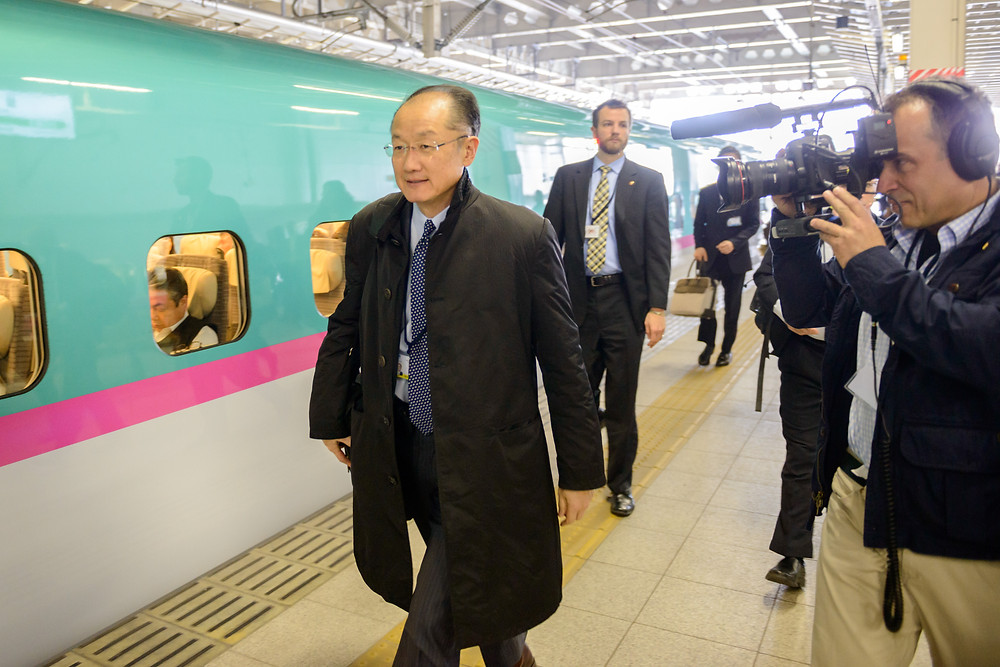 World Bank Group President Jim Yong Kim shooting a video blog at Sendai station on his way to the Third UN World Conference on Disaster Risk Reduction (WCDRR)  March 14, 2015 - Sendai, Japan. World Bank Group President Jim Yong Kim shooting a video blog at Sendai station on his way to the Third UN World Conference on Disaster Risk Reduction (WCDRR). Photo: Antony Tran / World Bank Group