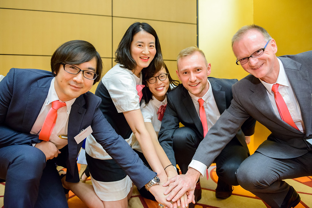 SEPTEMBER 2015 ACCJ NEWS  Board Approves New Initiative to Support SMEs and Younger ACCJ Members  By Tom Whitson  The American Chamber of Commerce in Japan (ACCJ) has been a long-time supporter of the Japan Market Expansion Competition (JMEC), a business skills development program. Many ACCJ member companies and ACCJ staff have participated in this program. In August, the ACCJ board approved a two-year program to provide a ¥500,000 subsidy to one ACCJ member SME and a scholarship to pay for two participants to attend the JMEC 22 program which starts this fall.  https://journal.accj.or.jp/board-approves-new-initiative-to-support-smes-and-younger-accj-members/  The ACCJ - 在日米国商工会議所 http://www.accj.or.jp  JMEC - Japan Market Expansion Competition http://www.jmec.gr.jp/