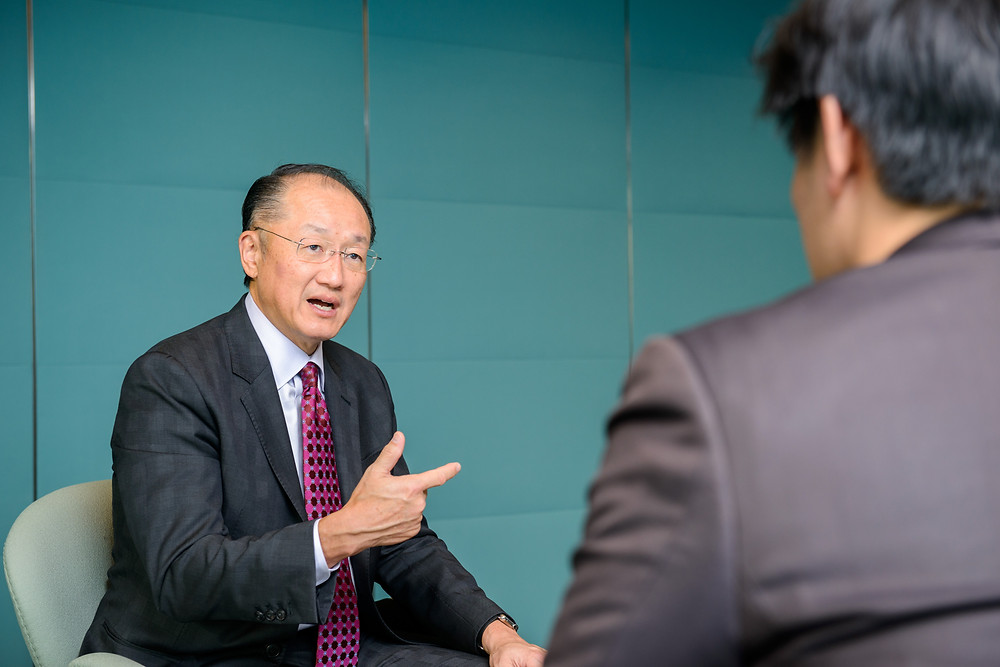 World Bank Group President Jim Yong Kim during an interview with Japanese media in Tokyo  December 16, 2015 - Tokyo, Japan. World Bank Group President Jim Yong Kim is interviewed by Toyo Keizai Online and Nikkei. Photo: Antony Tran / World Bank