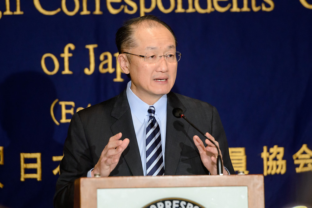 World Bank Group President Jim Yong Kim and Japan International Cooperation Agency (JICA) President Akihiko Tanaka meeting with JICA staff  Photo: Antony Tran / World Bank