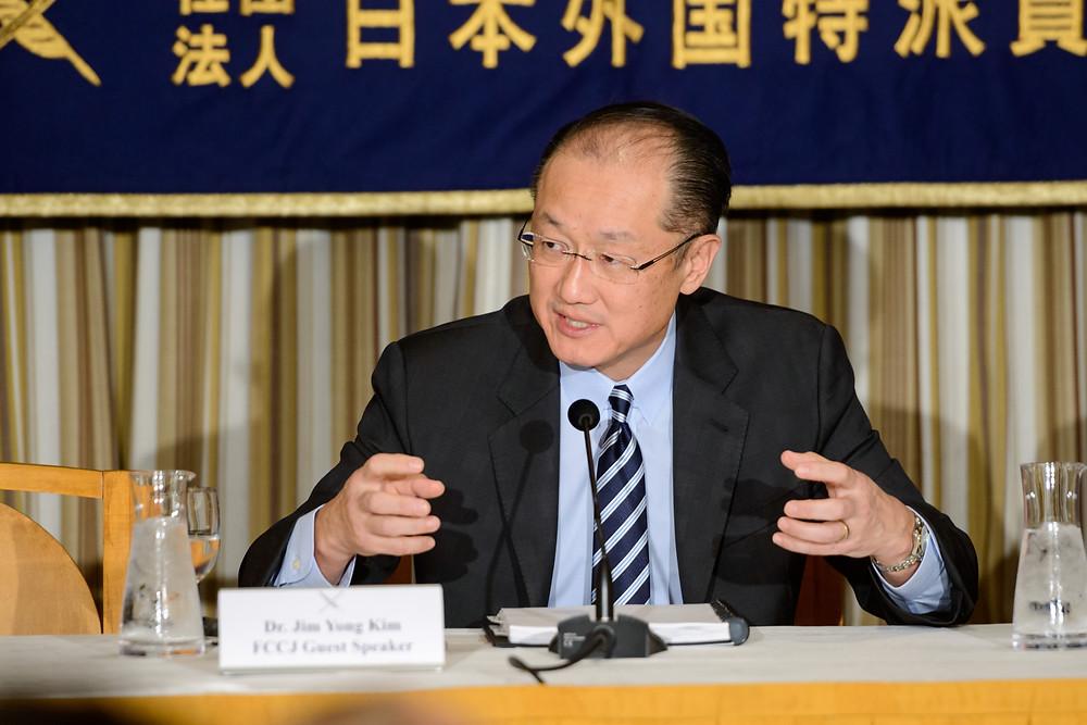 World Bank Group President Jim Yong Kim speaking to Japanese private sector representatives  World Bank Group President Jim Yong Kim speaking to Japanese private sector representatives.  Photo: Antony Tran / World Bank