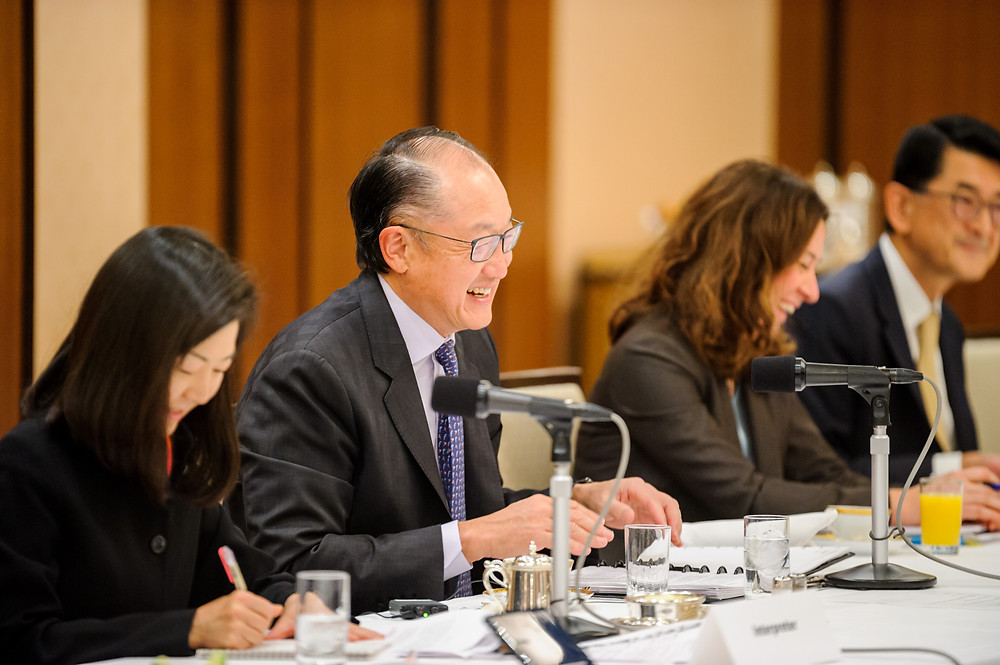 World Bank Group President Jim Yong Kim along with members of Parliamentarians Network on the World Bank in Japan  December 14, 2017 - Tokyo, Japan. World Bank Group President Jim Yong Kim along with members of Parliamentarians Network on the World Bank in Japan